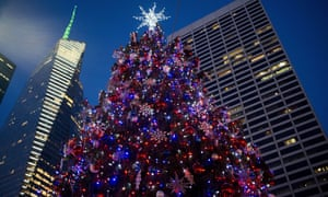 christmas in new york we secretly thrill as the city starts to empty out
