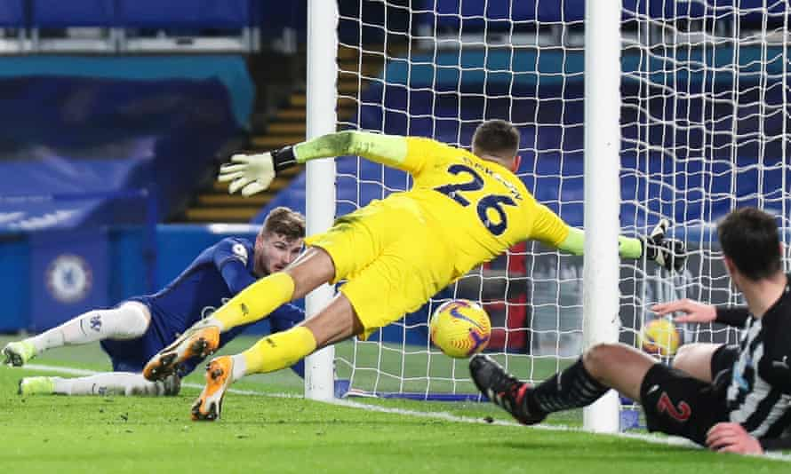 Timo Werner scores Chelsea's second goal against Newcastle despite Karl Darlow's dive.
