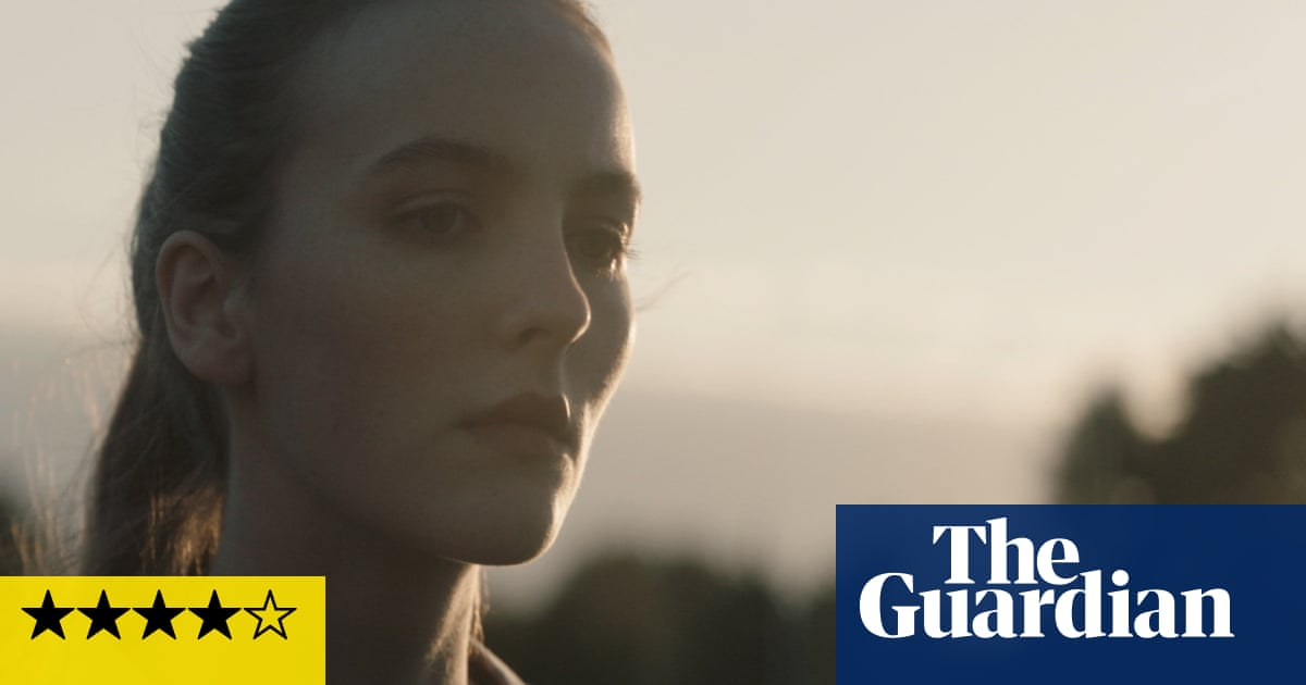 Rose Plays Julie review – eerie, edge-of-your-seat suspense