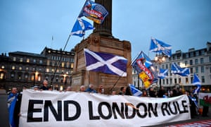 Independence supporters gather in Glasgow's George Square