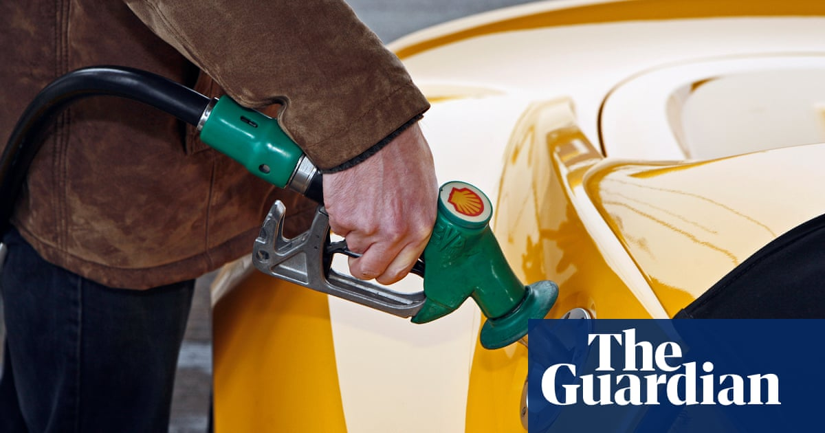 UK petrol prices expected to rise for seventh month in a row