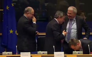 Draghi leaves after his testimony