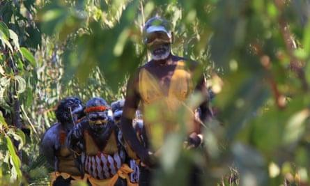 Djunga Djunga Yunupingu leads Gumatj men