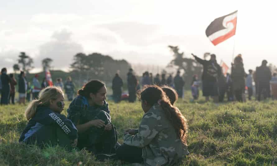 Land rights protestors at Ihumātao in South Auckland.