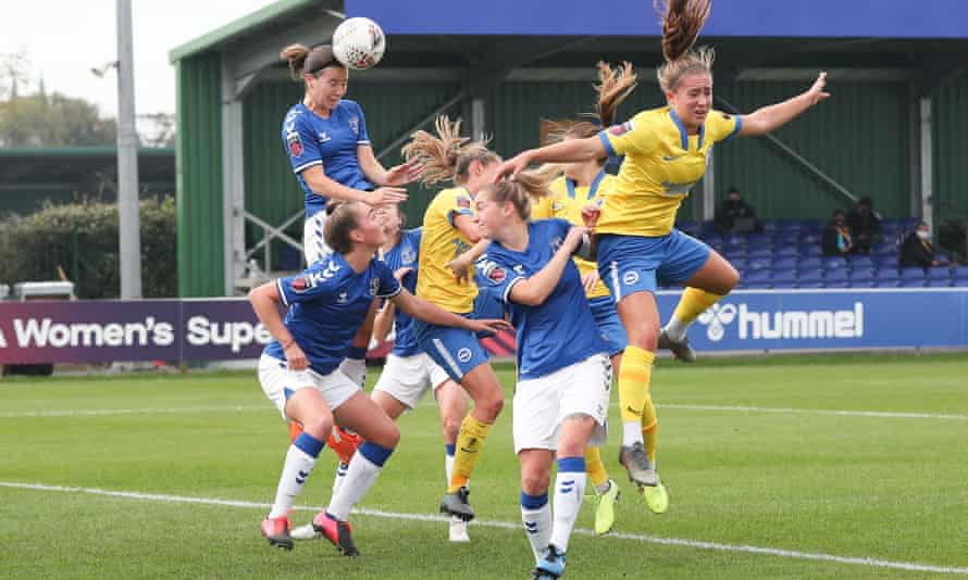 Everton's WSL draw against Brighton was marred by a refereeing blunder.