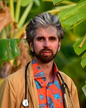 Dr Alexander Kumar