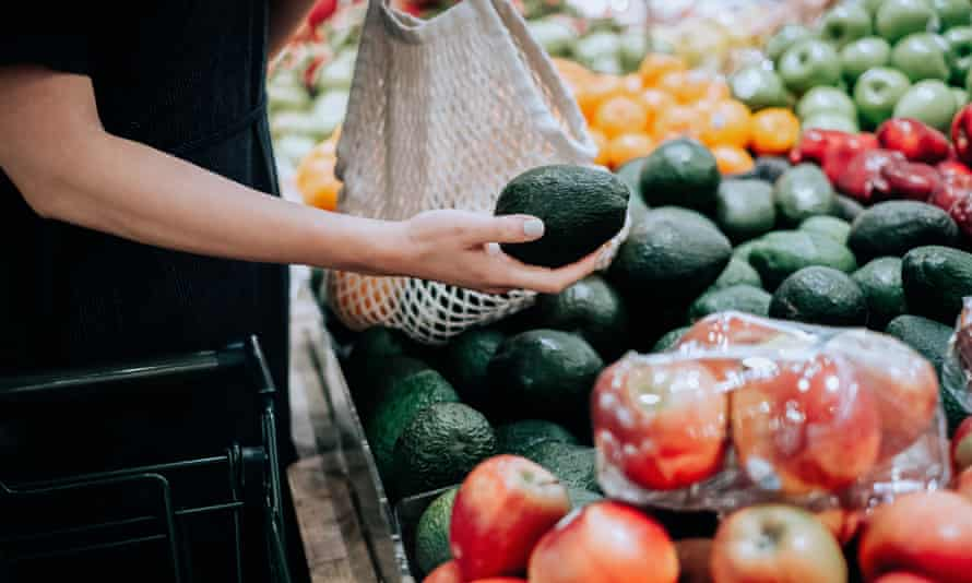 Avocados are selling for $1 each in Australian shops and supermarkets after a bumper season.