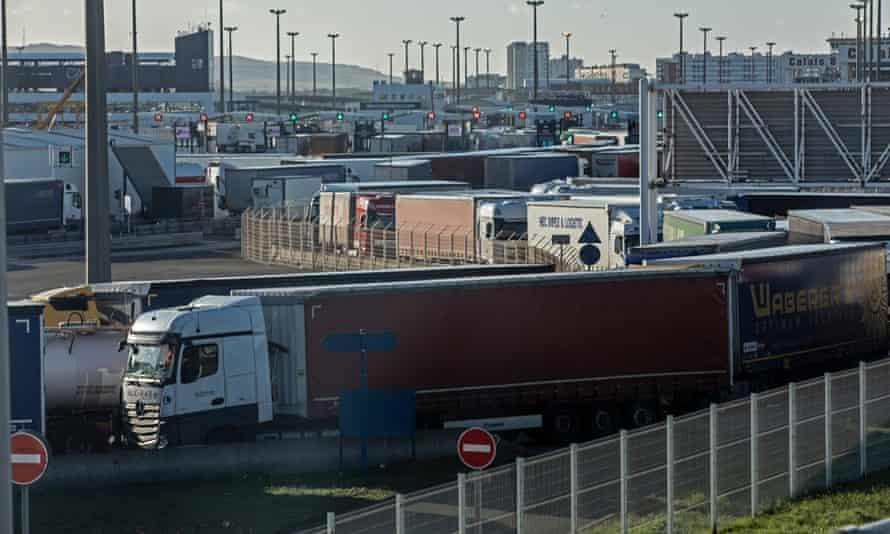 Queuing lorries in Calais