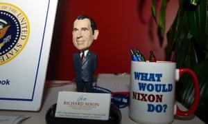 nixon memorabilia bobblehead and mug
