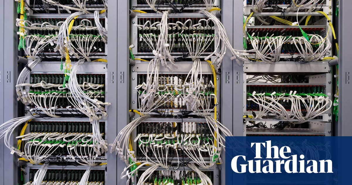 Massive internet outage hits websites including Amazon, gov.uk and Guardian
