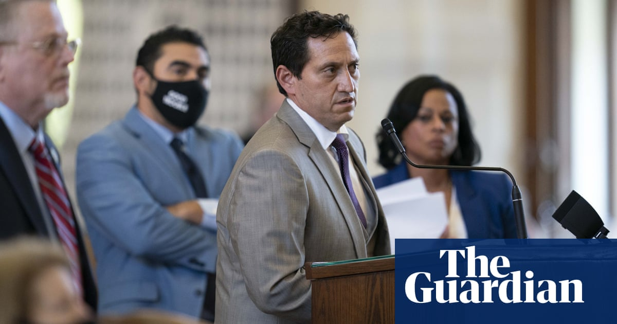 Five Texas Democrats who fled state in protest test positive for Covid