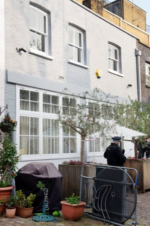 Mews house in central London