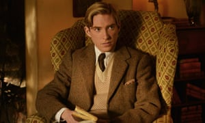 Domnhall Gleeson as AA Milne in Goodbye Christopher Robin.