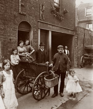 The cat's meat man pushed his barrow around East End streets selling cheap meat to families as pet food. Often horsemeat, it was sometimes even too rotten for pets.