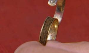 The ring, shown on Antiques Roadshow.