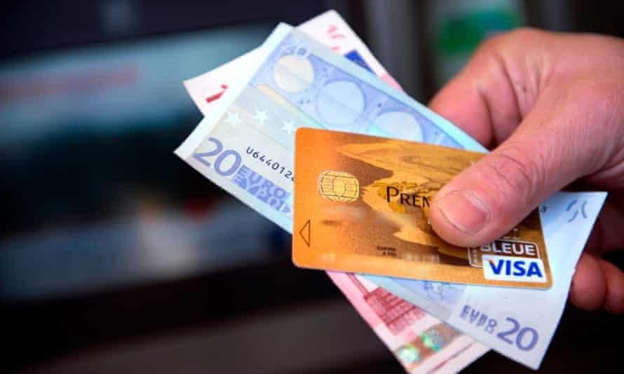 visa card and cash