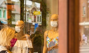 Mannequins with masks are seen in a shop window in Manly on 3 January. Face masks are now compulsory in certain indoor settings in greater Sydney.