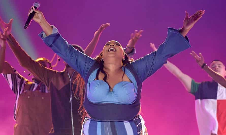 Puts the 'sing in single' ... Lizzo.