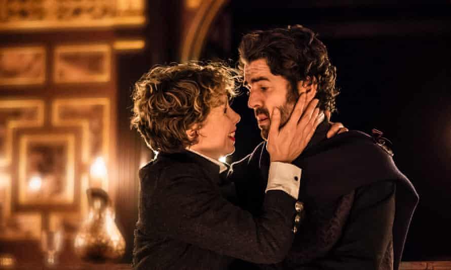 Michelle Terry as Lady Macbeth and Paul Ready as Macbeth.