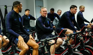 Wayne Rooney recommends the newest member of the strike in England, Celsus Wilson.