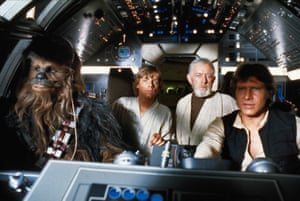 Peter Mayhew, Mark Hamill, Alec Guinness and Harrison Ford in Star Wars: Episode IV – A New Hope