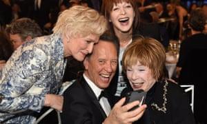 Richard E Grant takes a selfie with Glenn Close, Frances Fisher and Shirley MacLaine, 4 February 2019/