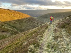Heading south from Oyster Clough cabin, Kinder Scout on the horizon.