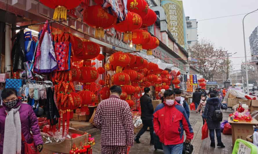 Wuhan residents shopping for new year.