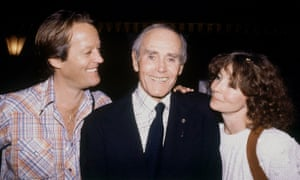 Peter Fonda, left, with his father, Henry Fonda, center, and Henry's wife, Shirlee Fonda, in 1980.
