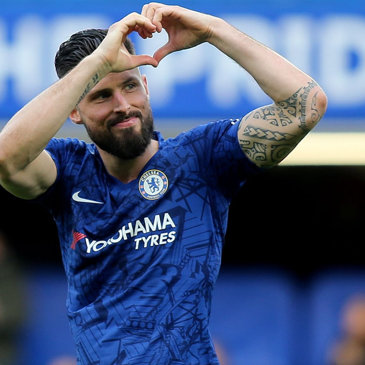 Olivier Giroud signs contract extension to stay at Chelsea next season |  Chelsea | The Guardian