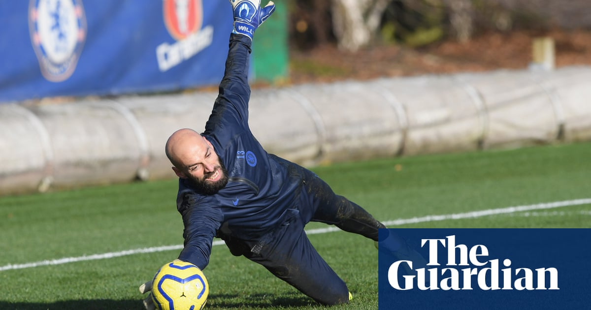 Willy Caballero gets chance to impress as Chelsea consider new goalkeeper
