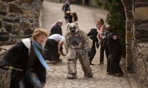 Casting a spell: a half-dead creature terrifies students.