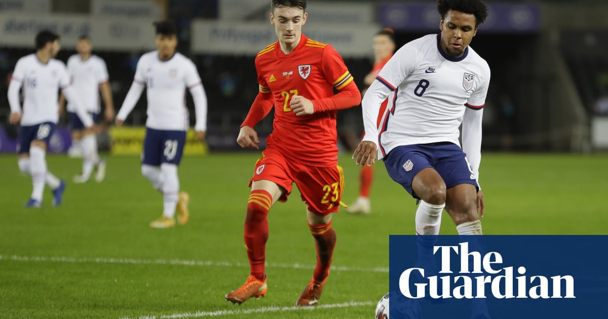 Gio Reyna among six debutants as youthful USA held to draw by Wales
