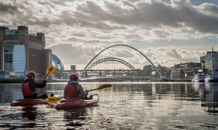 The Tyne Bridges kayak tour in Newcastle.