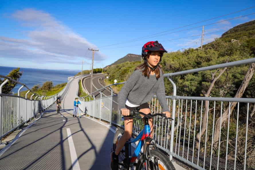 Wollongong wants to roll out a wider network of bike paths that would deliver nearly 215km by track 2030.