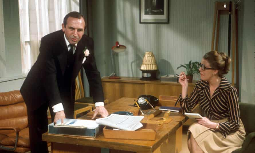 Leonard Rossiter and Sue Nicholls in the BBC's TV series The Rise and Fall of Reginald Perrin, written by the late David Nobbs.