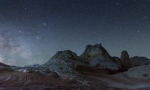 Space opera in wide-screen … Splintered Suns.