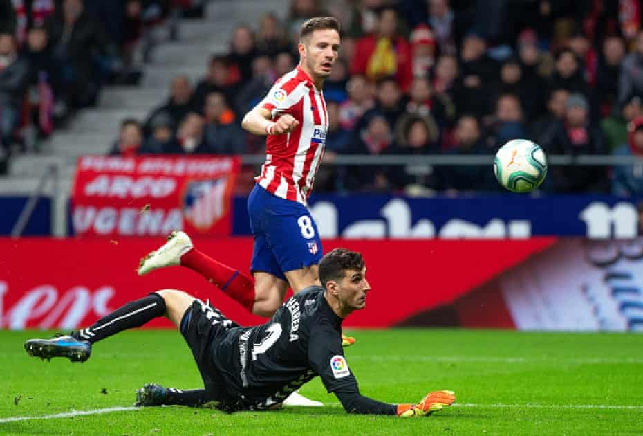 Saúl Ñíguez demonstrates his knack of timing his runs into the box by scoring against Osasuna in 2019.