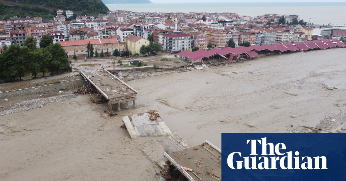 Drone footage shows devastation following floods in Turkey – video