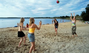 Volleyball on Senftenberger lake beach.