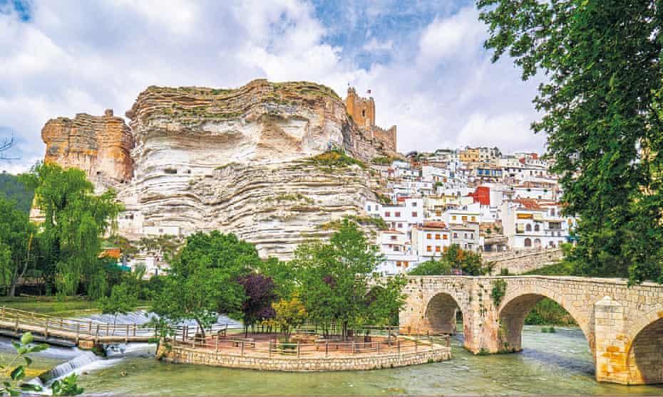Alcalá, with Júcar bridge and fortress atop the crag