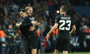 Thomas Tuchel celebrates with Ángel Di María after his goal against Napoli in the Champions League.