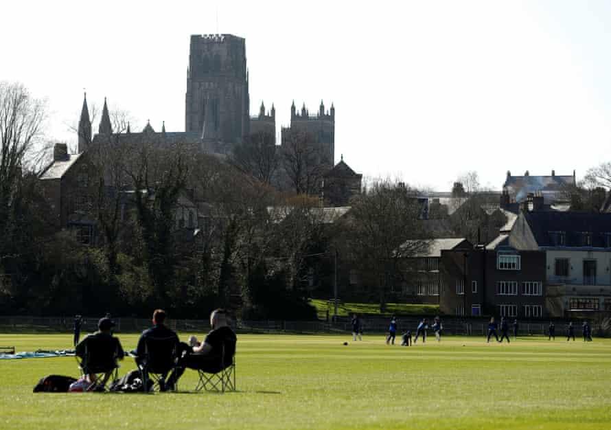 اوایل این هفته دورهام در یک اقدام دوستانه در University Cricket Ground حضور داشت.