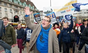 Hugh Fearnley-Whittingstall marches in London to protest against overfishing and 'throwback'.