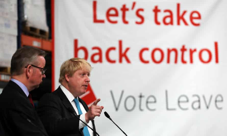 Tory MPs Michael Gove and Boris Johnson address workers during a Vote Leave campaign visit in June 2016 in Stratford-upon-Avon.