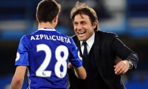 Antonio Conte celebrates with Cesar Azpilicueta after beating Middlesbrough