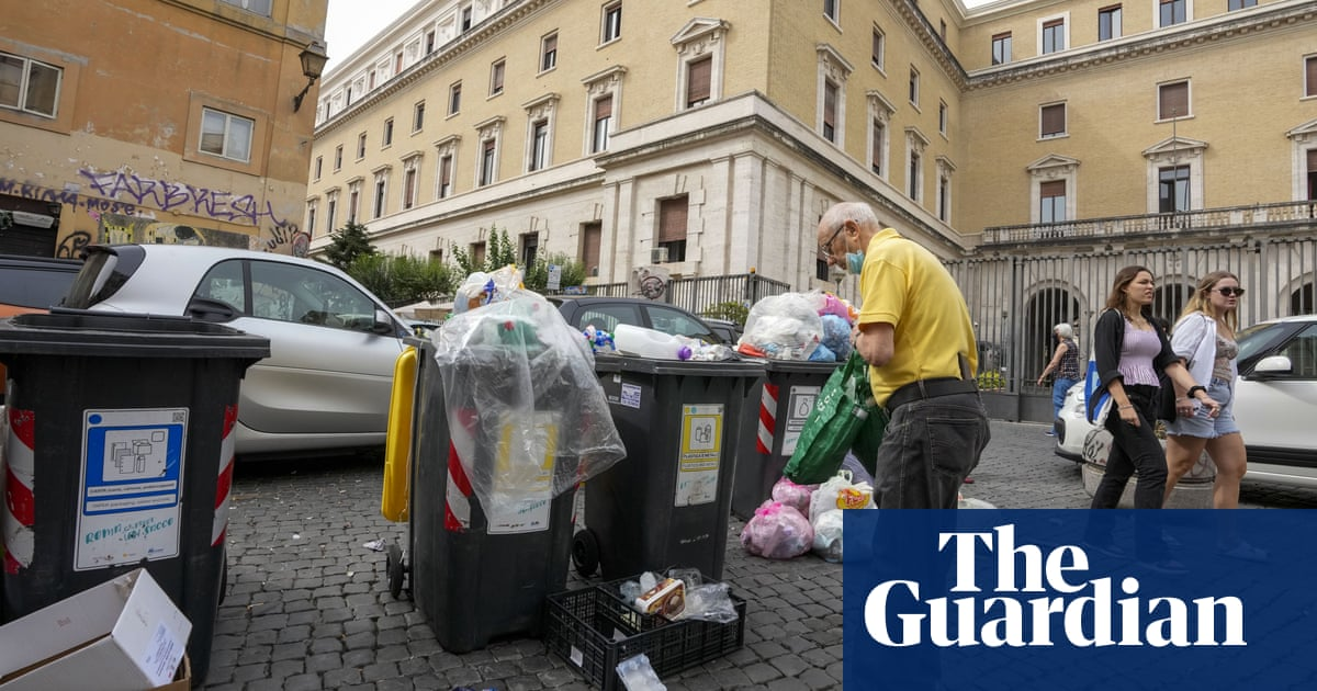 'In Rome, nothing works': citizens despair in run-up to mayoral elections