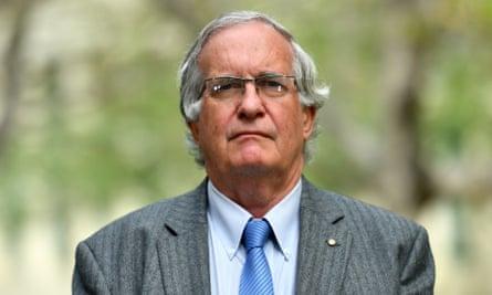 Dr Paul Bauert