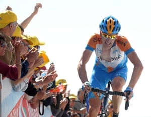 Bradley Wiggins reaches the summit of Mont Ventoux during the 2009 Tour de France, with Garmin.