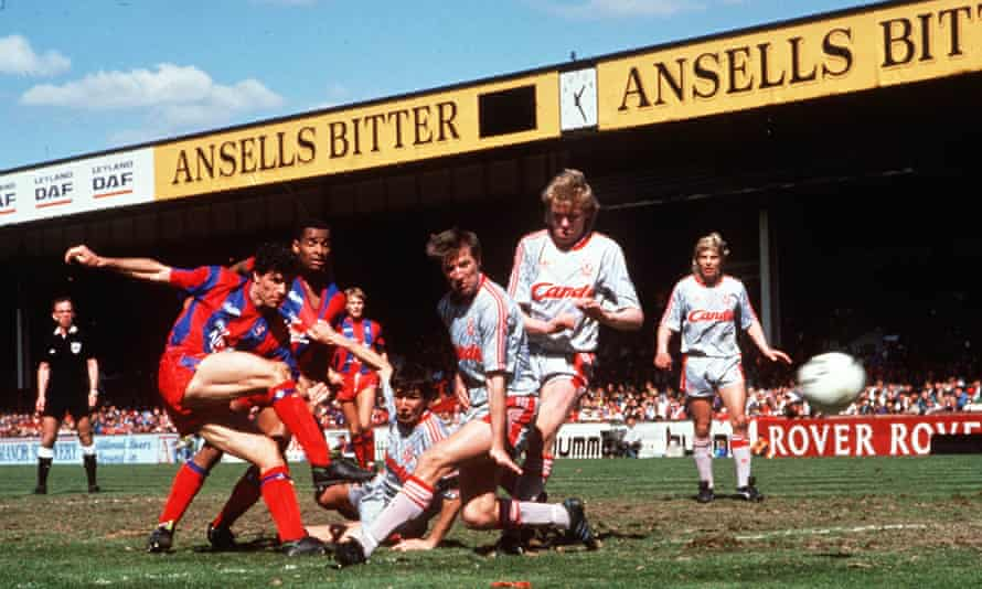 Gary O'Reilly scores Crystal Palace's second goal.